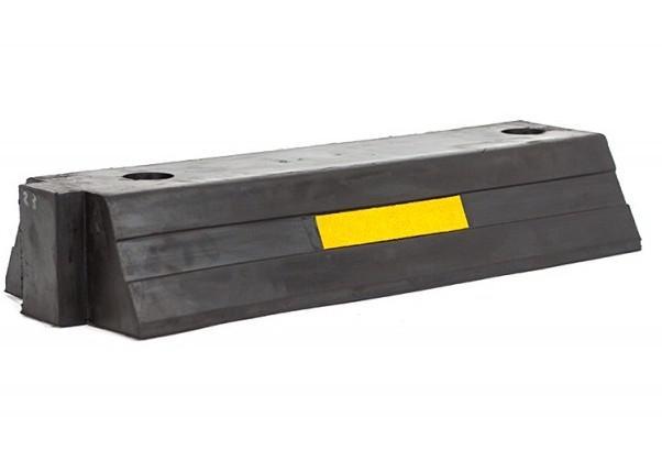 Делиниатор резиновый концевая часть, 1м, левая (500х200х100)