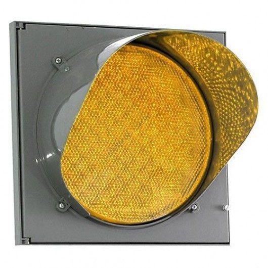 Светофор светодиодный Т.7.2, d300мм (крепление в комплекте)
