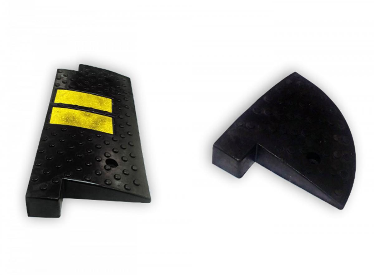 Съезд с бордюра концевой элемент резина 250х250х50